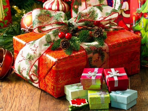 Оригинальные идеи корпоративных подарков к Новому году