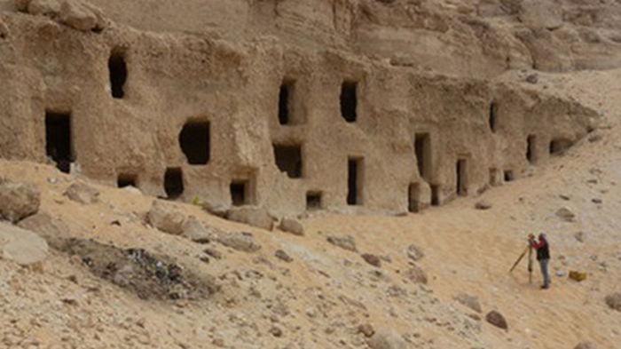 В Египте обнаружили 300 гробниц времен Древнего царства (фото)