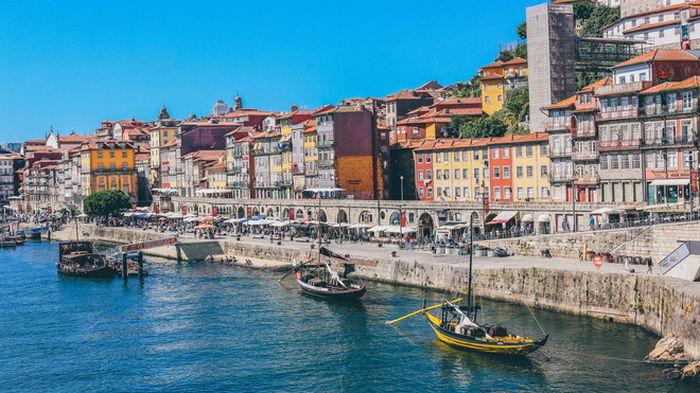 Португалия откроет границы для туристов почти из всех стран ЕС