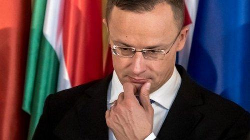 Сийярто заявил об осторожном оптимизме в отношениях с Украиной