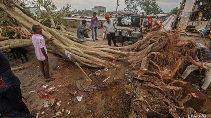 В Индии циклон Тауктае унес уже более сотни жизней