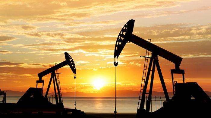 Цена нефти превысила $70 за баррель впервые с марта