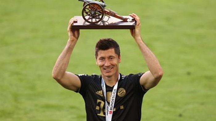 Левандовски впервые в карьере завоевал Золотую бутсу