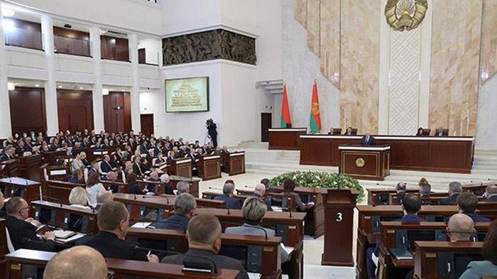 Беларусь пригрозила жестким ответом на санкции ЕС