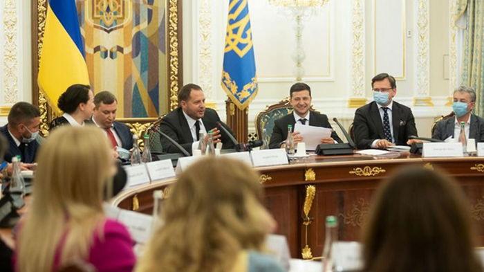 Зеленский встретился с представителями киноиндустрии Украины