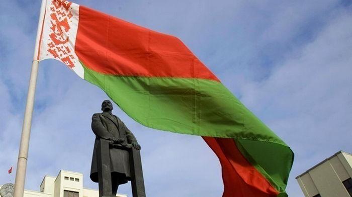 Беларусь высылает двух литовских дипломатов