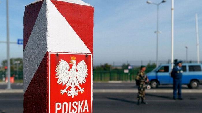 В Польше ослабляют карантин