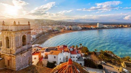 Испания открыла границы для вакцинированных от COVID туристов