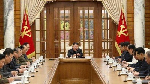 Лидер КНДР впервые за месяц появился на публике