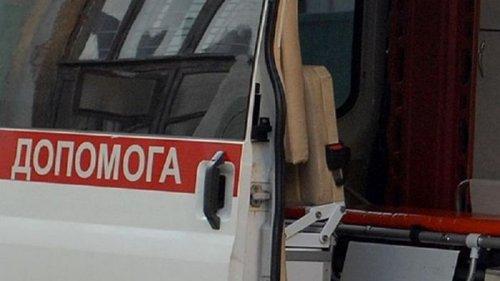 В разговаривавшую дома по телефону девочку на Житомирщине попала молния