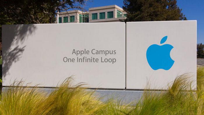 Бывший топ-менеджер BMW будет создавать беспилотные электромобили Apple