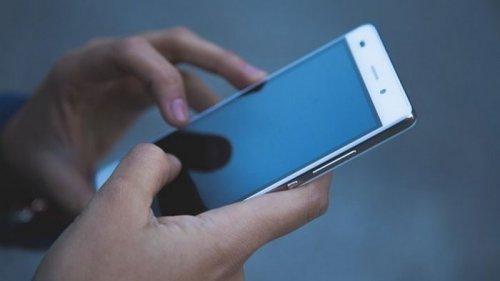В Пакистане непривитым от COVID заблокируют SIM-карты