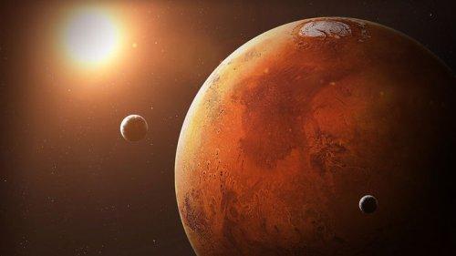 Китайские аппараты на Марсе сделали совместные селфи