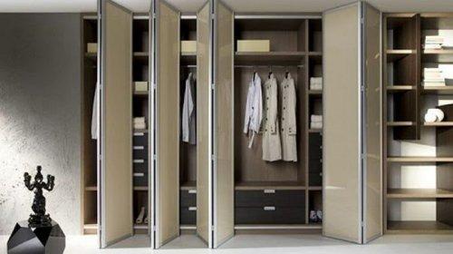 Особенности выбора раздвижных систем для шкафов-купе