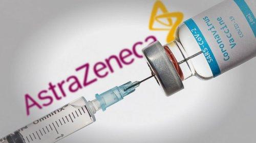 В Италии решили не вакцинировать людей младше 60 лет препаратом AstraZeneca