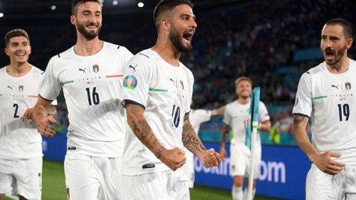 Италия разгромила Турцию в стартовом матче Евро-2020