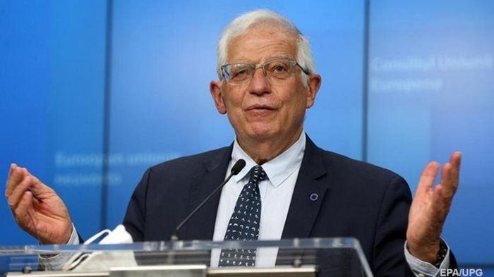 ЕС не намерен ограничивать закупку нефти и газа у России