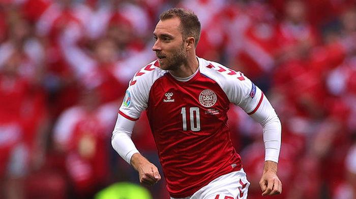 Установили кардиовертер. Датского футболиста выписали из больницы после остановки сердца