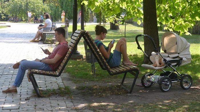 В Украине менее 350 случаев коронавируса за сутки