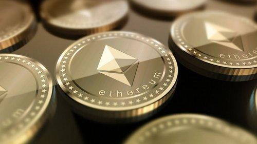 Курс Ethereum растет стремительнее, чем биткоин. Эксперты объяснили почему