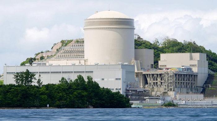 В Японии перезапустили старую АЭС Михама