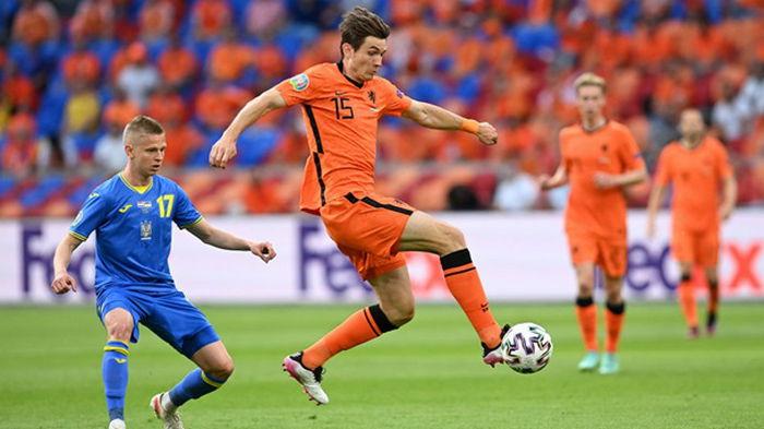 Малиновский – в топ-5 на Евро-2020 по созданным моментам, Зинченко - второй по отборам