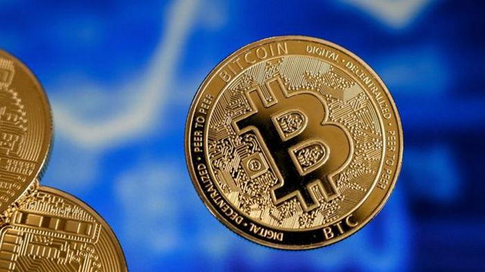 В Fitch назвали опасности легализации биткоина