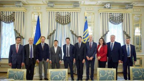 Зеленский с французскими партнерами обсудил совместные проекты