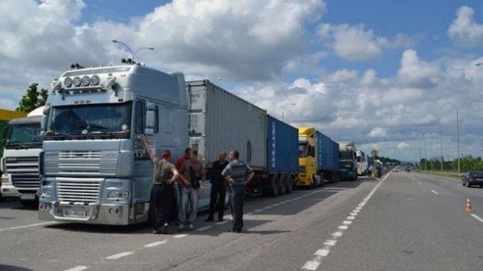 Украинцев будут штрафовать за отказ от габаритно-весового контроля авто