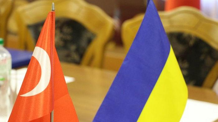 Турция намерена направить в Украину военных инструкторов