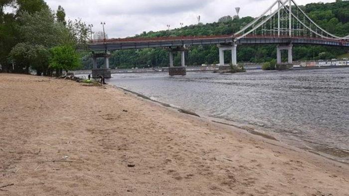В Киеве работают 14 муниципальных пляжей