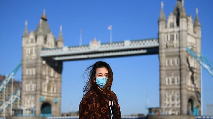 В Британии маски будут носить по желанию