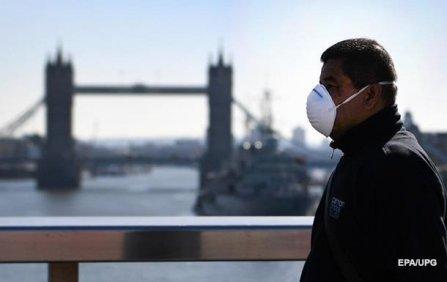 В Британии - максимальный прирост коронавируса с конца января