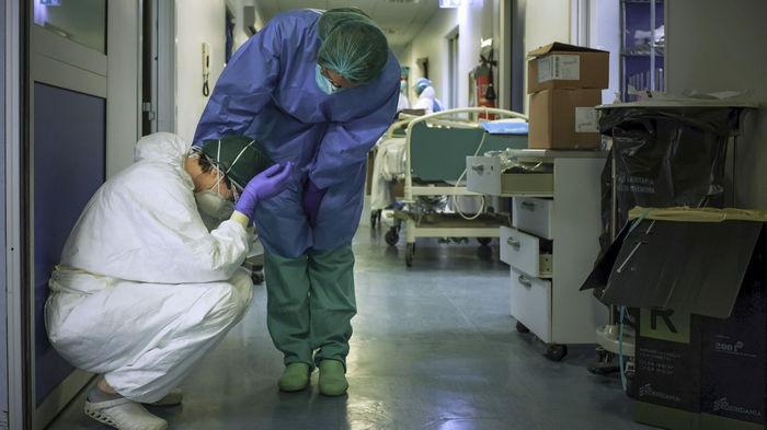 Четвертая волна коронавируса должна стать последней в Украине — главный санврач