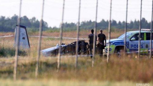 В Швеции в авиакатастрофе погибли девять человек (фото)
