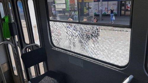 В Харькове стреляли по трамваю с пассажирами