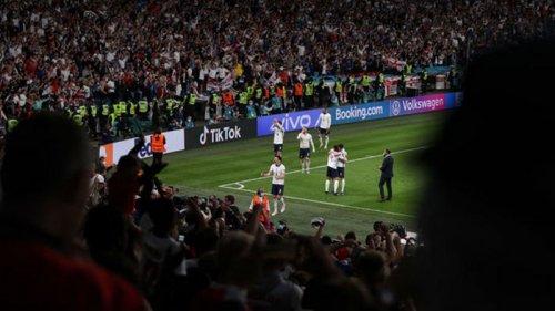 УЕФА оштрафовал Англию денежным штрафом по итогам матча с Данией