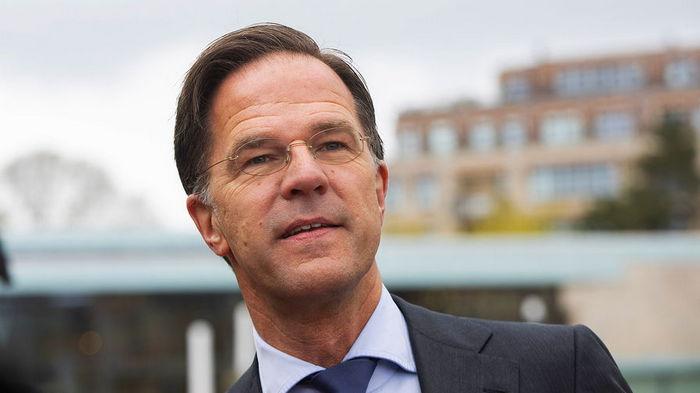 На фоне вспышки COVID-19. Премьер Нидерландов извинился за ослабление карантина