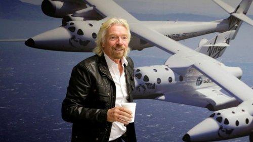 Брэнсон намерен построить отель на Луне