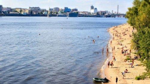 На всех пляжах Киева запретили купаться