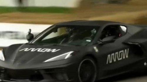 В США представили умное авто, которым управлял парализованный гонщик (видео)