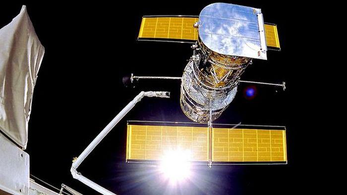 Телескоп Хаббл сделал первые снимки после перезапуска: фото