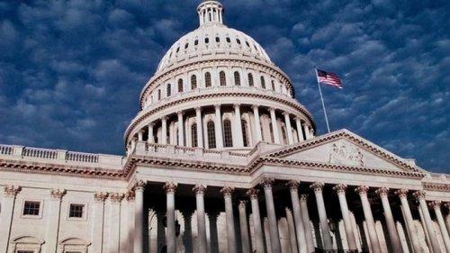 Члены Конгресса США просят Байдена изменить дату визита Зеленского