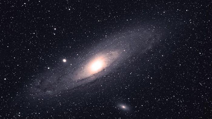 Ученые утверждают, что Вселенная — это гигантский бублик