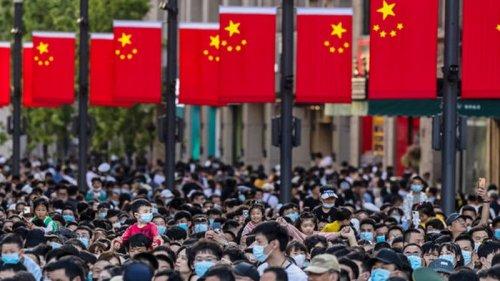 Китай ввел санкции против США: у Байдена ответили