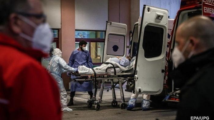 Среди госпитализированных с COVID в Португалии почти нет привитых