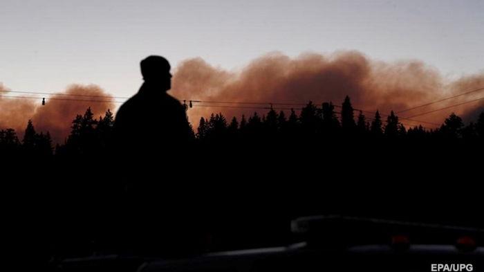 В Калифорнии горят уже более 110 тысяч гектаров леса