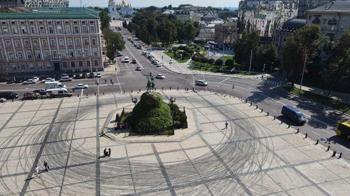 Ткаченко о дрифте в центре Киева: Представьте себе такое в Ватикане