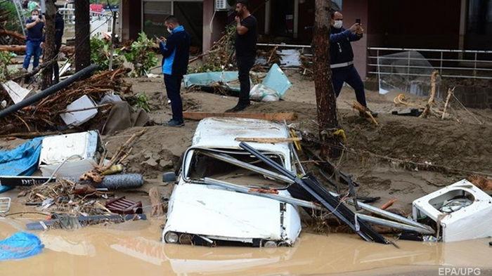 Север Турции затоплен после ливней