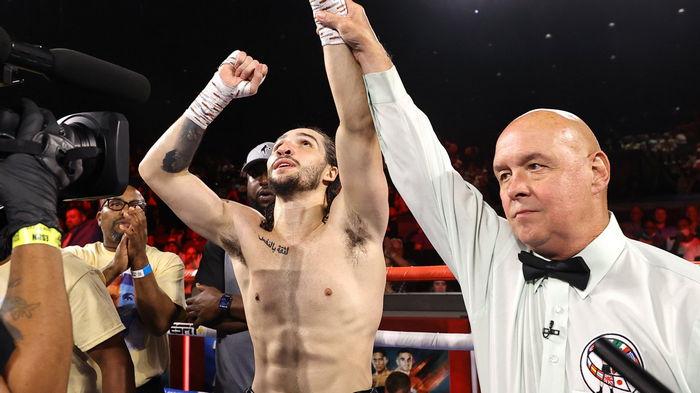 Внук Мохаммеда Али провел дебютный бой в карьере